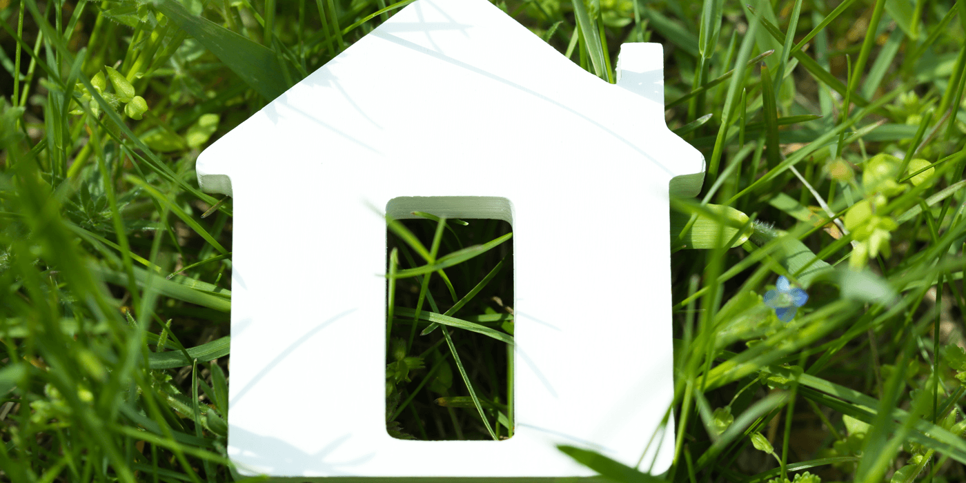 buy-new-home-during-divorce-grass.png