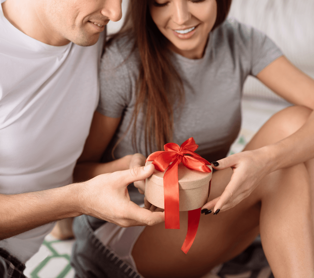 Celebrate Valentines Day On a Budget Gift Image